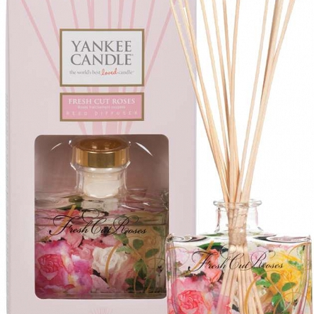 Yankee Candle Signature Reed Fresh Cut Roses